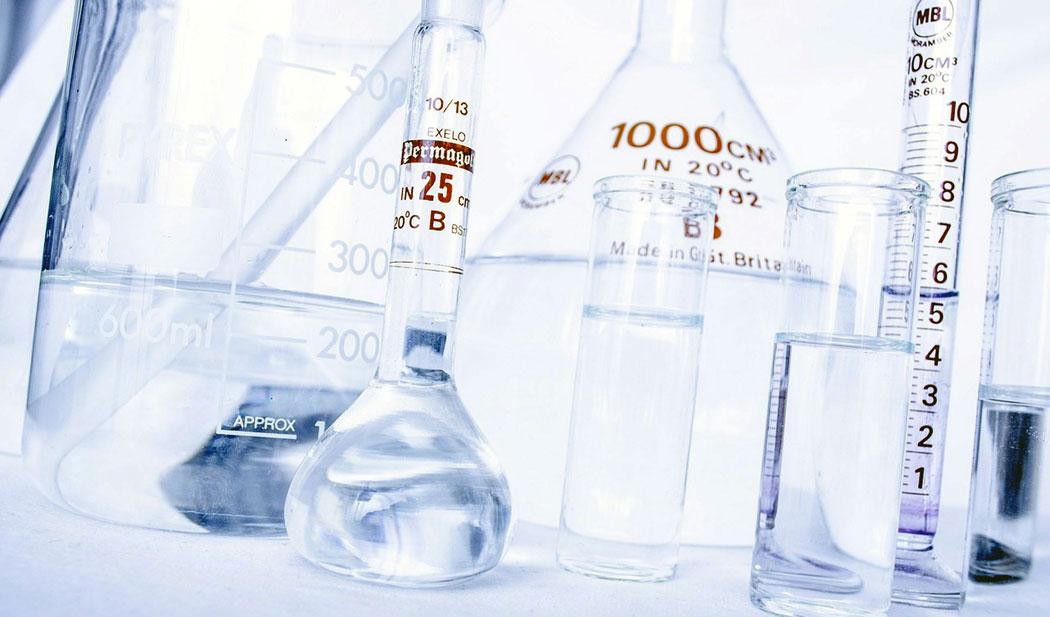 Голяма част от лабораторната стъклария е предназначена да издържа високи и ниски температури