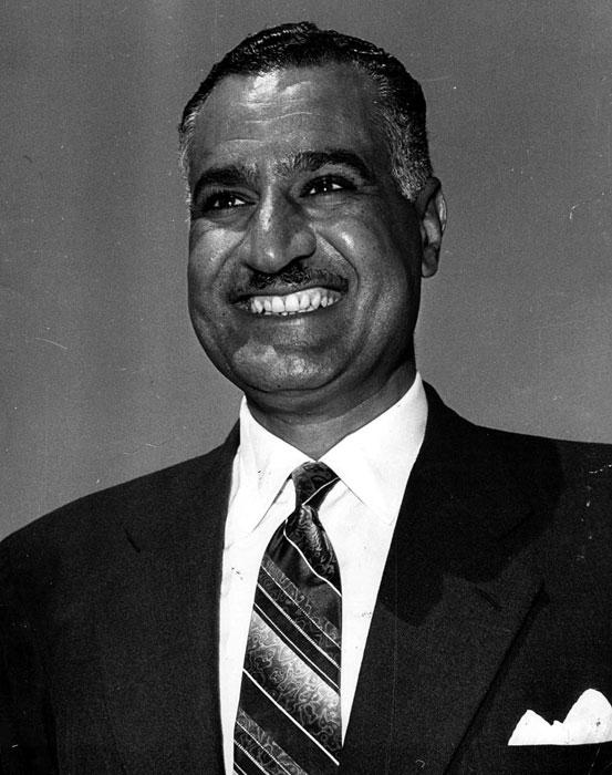 Гамал Абдел Насър, Суецката криза