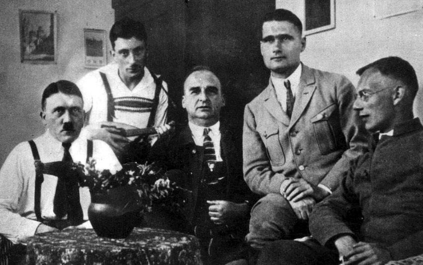 Хитлер в затвора