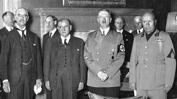 Чембърлейн, Даладие, Хитлер, Мусолини